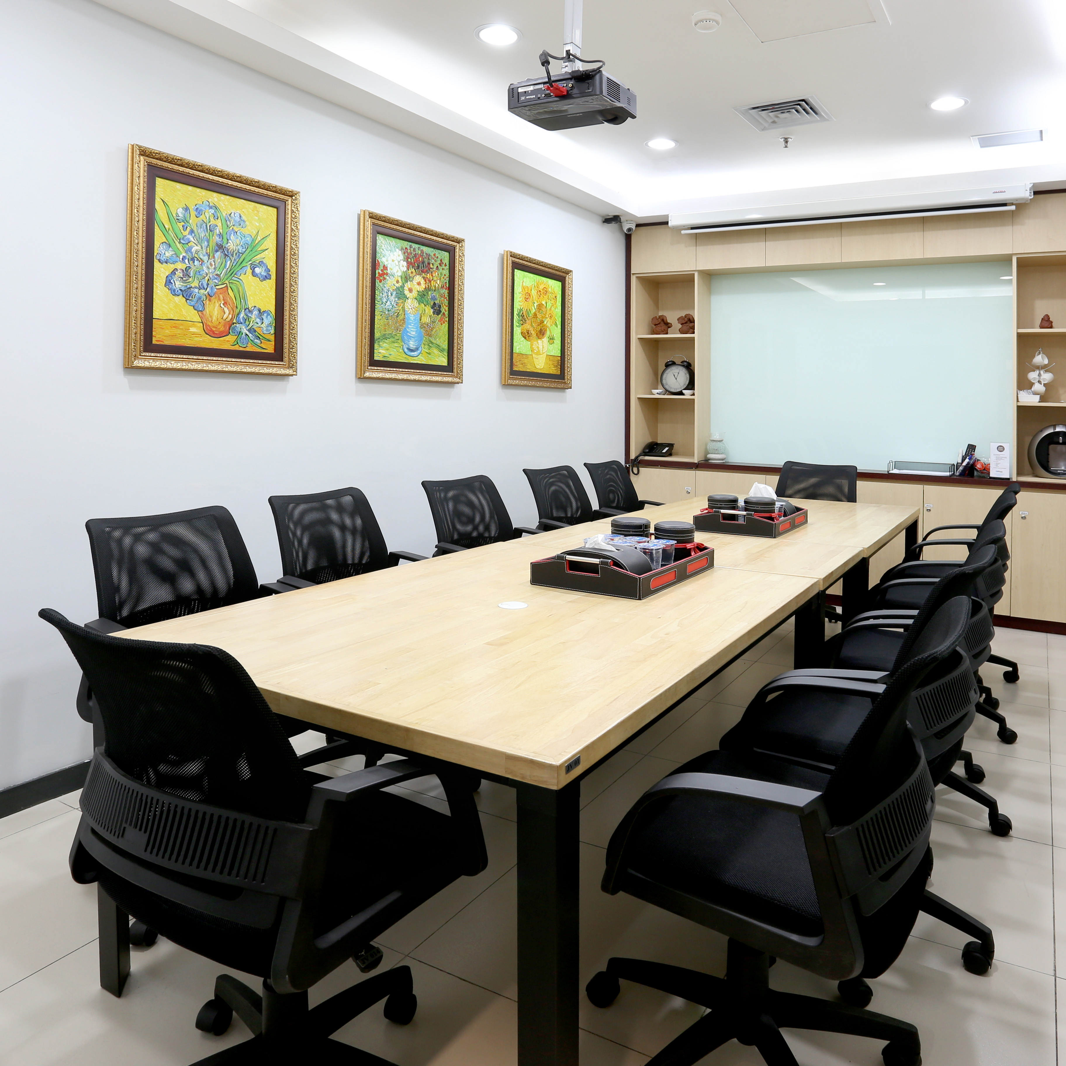 Things to Look For When Ordering a Meeting Room at 88Office
